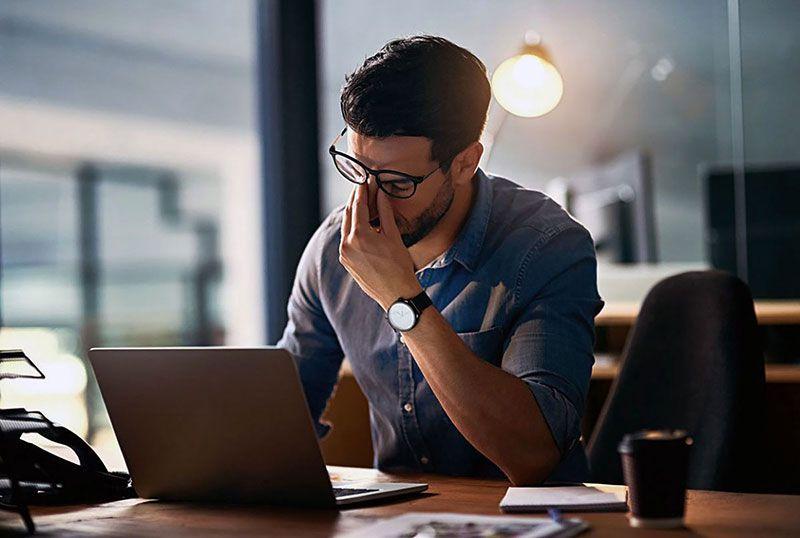 Bảo vệ mắt khi dùng máy tính